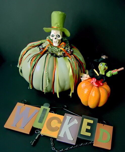 "Halloween Skeleton & Witch Pumpkins +  12 1/2"" Wood Wicked Sign"