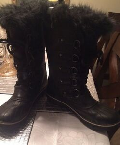 Stunning sparkly sorel winter boots, waterproof, West Island Greater Montréal image 1