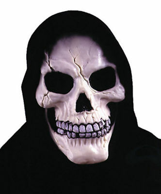 Classic Horror Halloween Costumes (Morris Costumes Halloween Classic Skull With Shroud Horror Mask.)