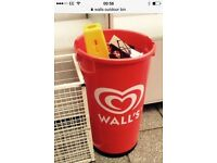 Walls outdoor bin with water base ***