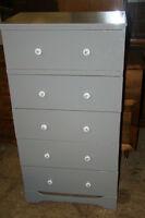 Compact 5 drawer dresser