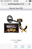 Must Sell Offers - New Garrett Ace 250 Metal Detector