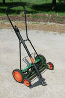 Scotts Classic Reel (spinny cutty thingy) mower PLUS Weed puller