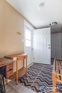 3 Bed/2 Bath fully renovated home for sale Yellowknife Northwest Territories image 3