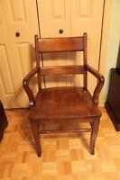 Chaise de pupitre vintage