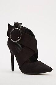 ladies shoes size 5/38