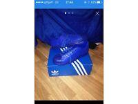 Adidas superstars adicolor size 11s.