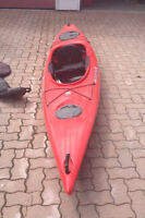 14' Pungo 140 Wilderness Systems Kayak with Thule Rack