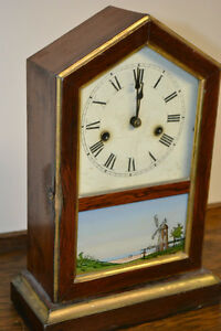 Horloge antique de foyer Mantel Clock