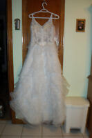 Robe de mariee          Wedding dress       Prix;  200.00 $