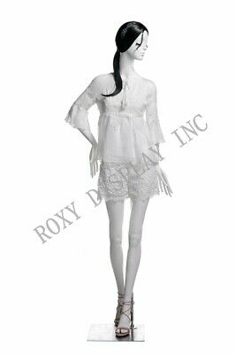 Female Fiberglass White Mannequin Eye Catching Abstract Style Display Mz-lucy2
