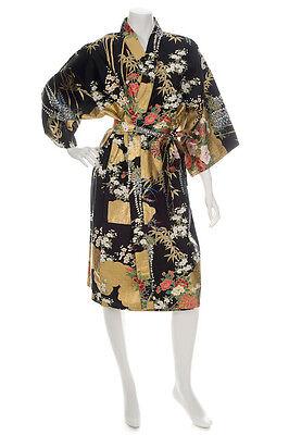 Kimono Japonés Estampado Floral Corto Negro