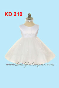 Baptism gowns and christening dresses