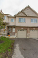 ~WOW~ CAMBRIDGE TOWN HOME WITH AC!! 401 & 24!! PERFECT!