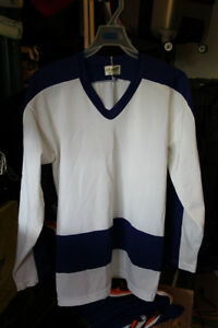 MASKA Toronto Maple Leaf Practice Jersey 30 Years Old