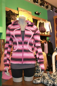NEW WITH TAGS Lululemon Tops, Bras, Shorts, Hoodies, Pullovers Windsor Region Ontario image 3