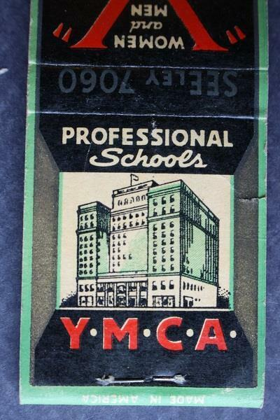 1930-40s Era Chicago,Illinois YMCA 340 Room Hotel-Professional Schools matchbook