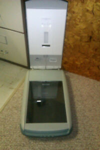 HP scanner 3570c Windsor Region Ontario image 3