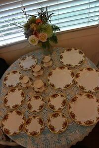 20 pieces Royal Albert Old County Roses pattern