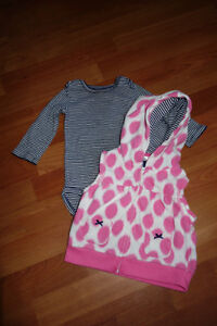 Carter's 2 Peice Vest and Onezie 12 Mths