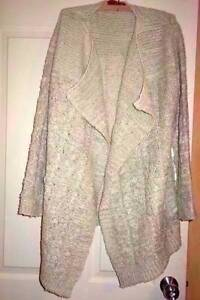 Ladies gorgeous long waterfall cardigan from BOOHOO   *NEW with o Berkeley Vale Wyong Area Preview