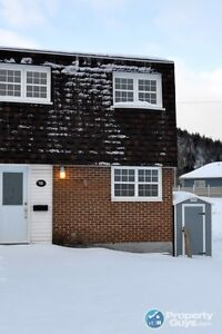 Fully Renovated semi, spacious, great for 1st time buyer