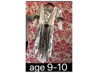 Age 9-10 dressing up
