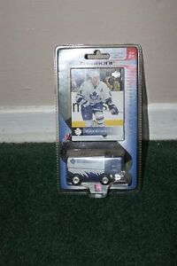Toronto Maple Leafs Memorabilia Kitchener / Waterloo Kitchener Area image 3