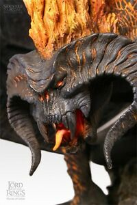 Sideshow Weta Balrog The Flame Of Undun Figure Statue Polystone Mint UK