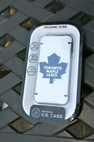 Toronto Maple Leafs iPhone 5/5s Case. NHL authentic.
