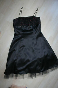 robe cocktail Jessica size 6