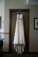 Champagne, sweetheart neckline lace wedding dress size 2