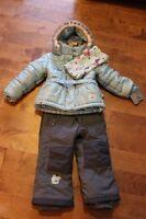 Manteau souris-mini avec salopette et cache-cou