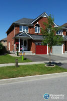 Semi-detached house for rent in Williamburgs Whitby