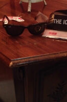 Ray-Ban Sunglasses/ Lunettes de soleil Ray-Ban