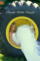 Chantelle Stobbe Imagery - FREE 8x8 photobook with all Weddings!
