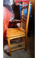 Table et quatre chaise