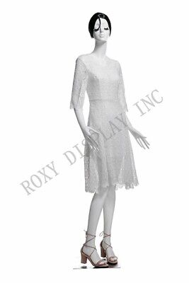 Female Fiberglass White Mannequin Eye Catching Abstract Style Display Mz-lucy5