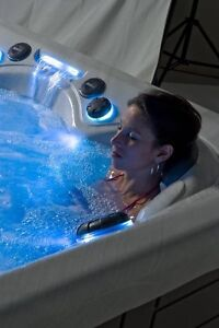 Hot Tub & Swim Spa Warehouse - Store Moving Clearance BLOWOUT! Kitchener / Waterloo Kitchener Area image 6
