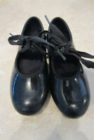 Child Tap shoes, size 11