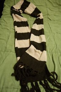 H&M pink and brown block scarf