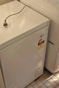 Need a new freezer? Kallangur Pine Rivers Area Preview