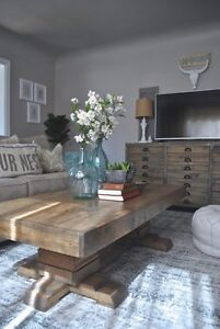 Spruce moose Pedestal Coffee Table
