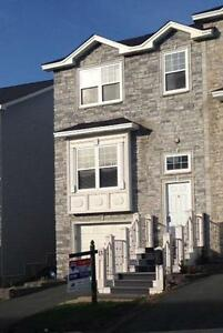 13 King Edward Pl.-Executive Home Walking Distance to Quidi Vidi