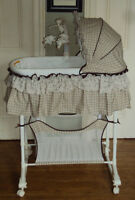 Simplicity 3 in 1 Bassinet, Bedside Sleeper and Change Table