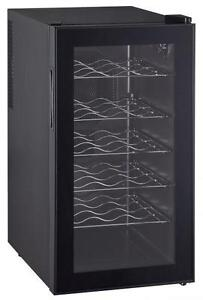 RCA 18 Bottle Wine Cooler - RFRW418 (Brand new)