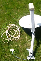 Satellite Dish, Mounting Bracket, 1 LNB, splitter, 15 feet cable