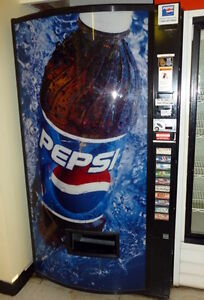 Cold Drink Vending machine - Excellent condition,Takes New Coin