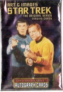 2005 Rittenhouse  Star Trek Art & Images Set (81 cards) & Case