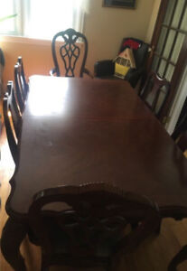 7ft dining room table, 6 chairs; asking $300 OBO
